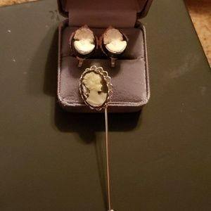 Jewelry - Earrings and pin
